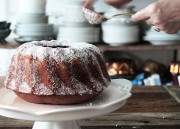 Mulled Wine Gingerbread Bundt Cake
