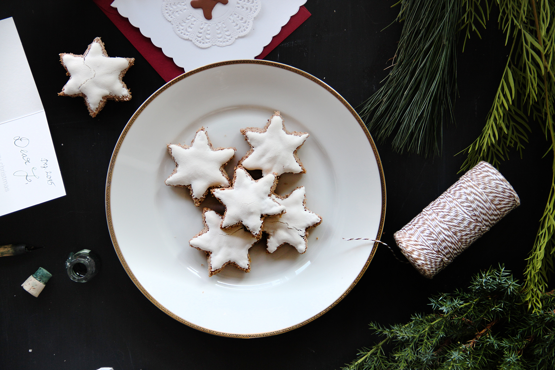 cookies macaroons winter stars