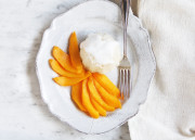 Sticky Rice w/ Coconut Cream & Mango