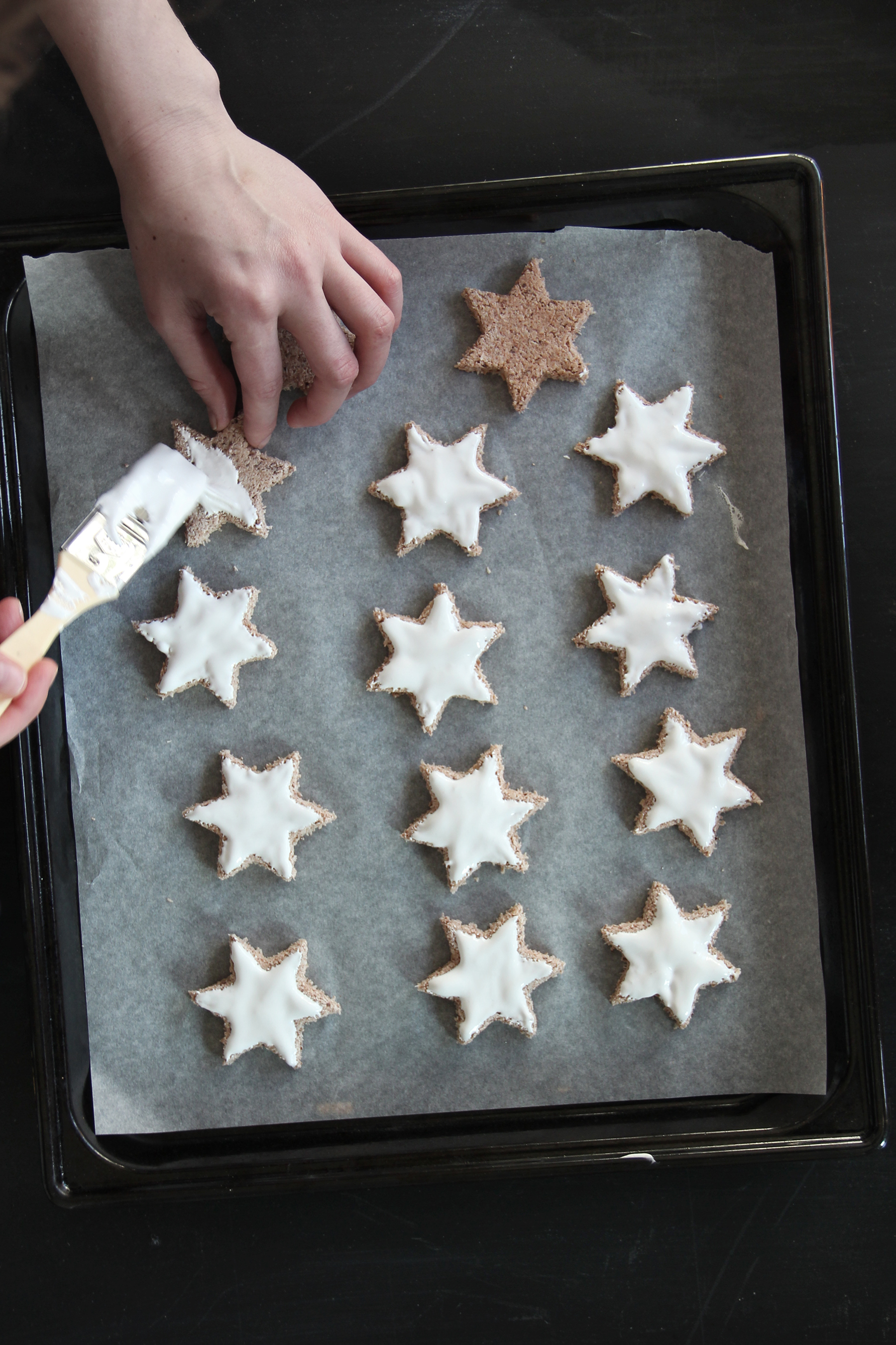 chocolate stars with frosting