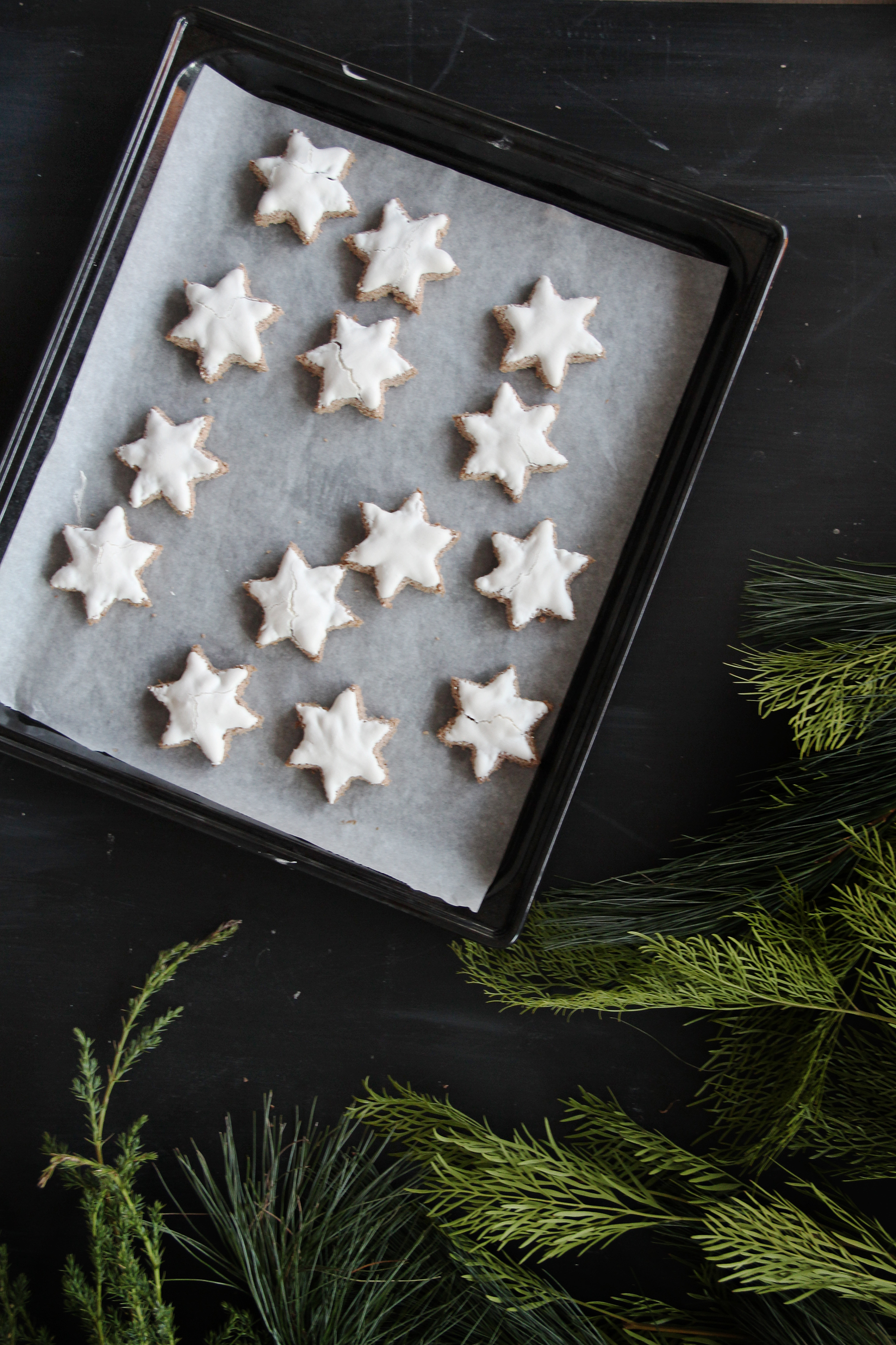 cinnamon stars with chocolate