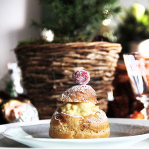 Christmas Cream Puffs with Vanilla & Cranberry