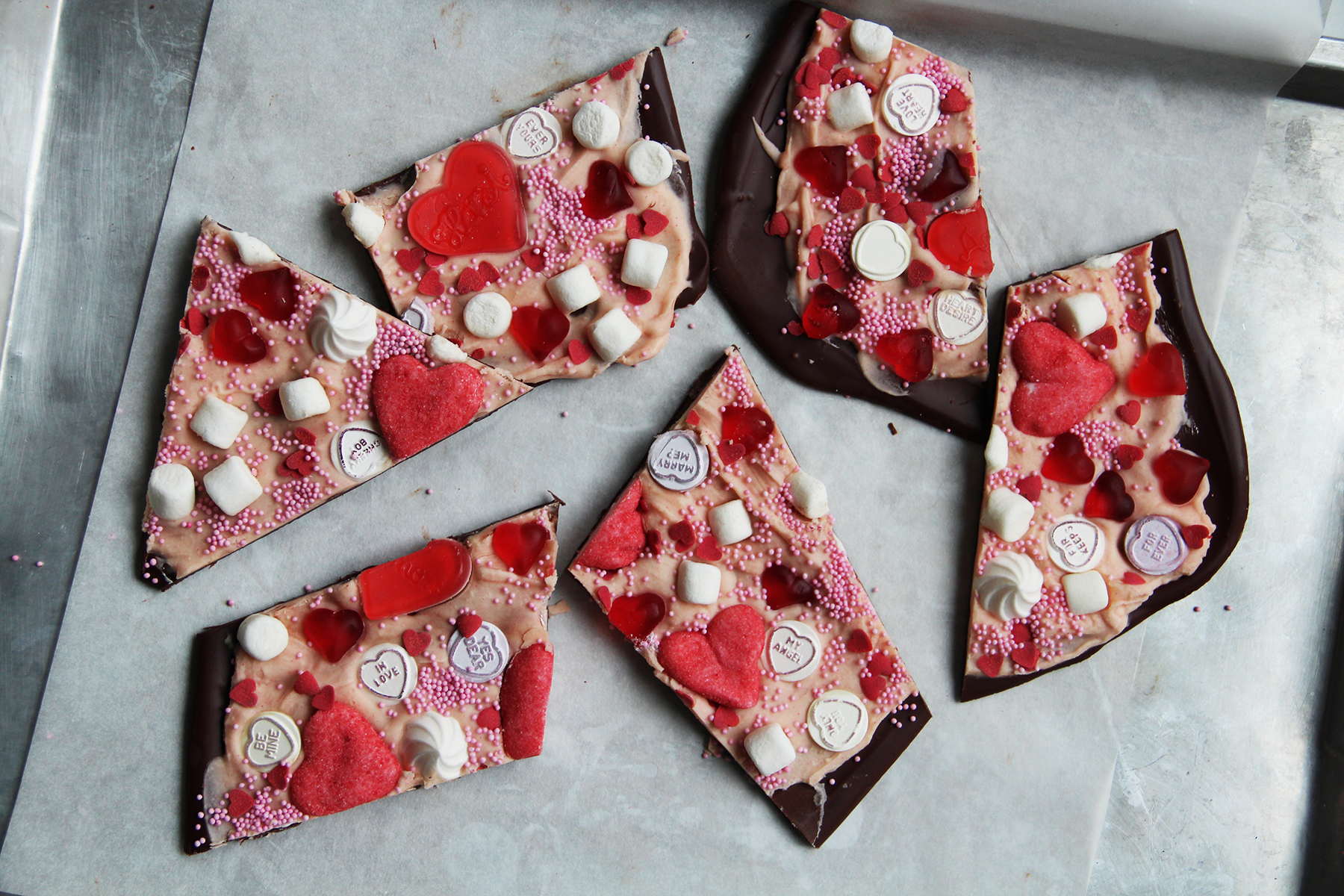 gift valentine's candy chocolate rocky road